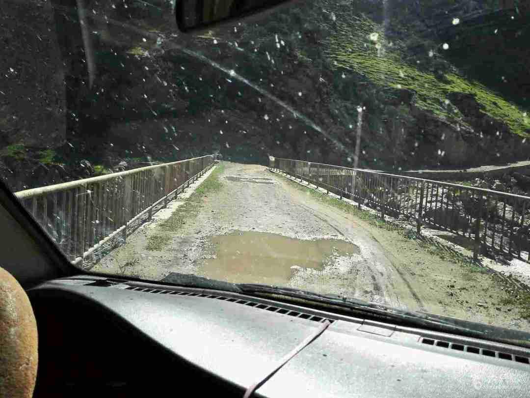 乌孙温泉线单人重装穿越(含重要脚印)2~桥