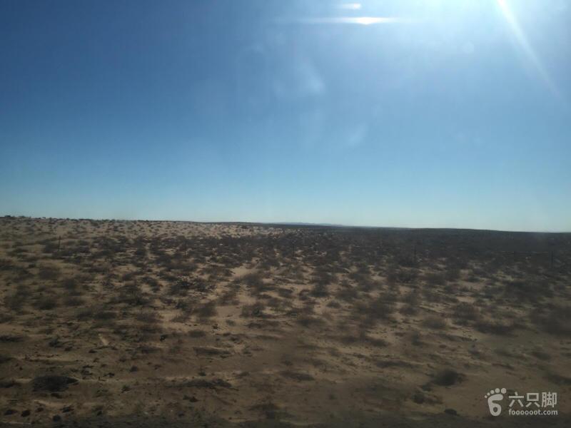 巴丹吉林第二次 可以看到沙漠