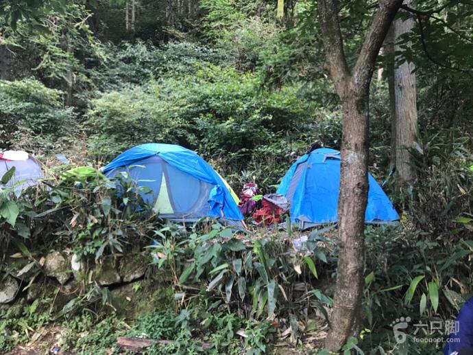十字峡谷穿越营地