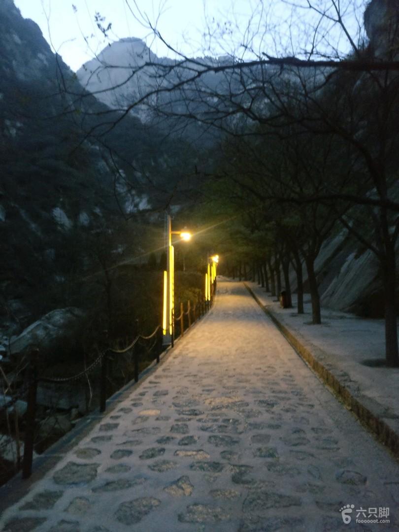 华山徒步,玉泉院上,北峰索道下。未命名