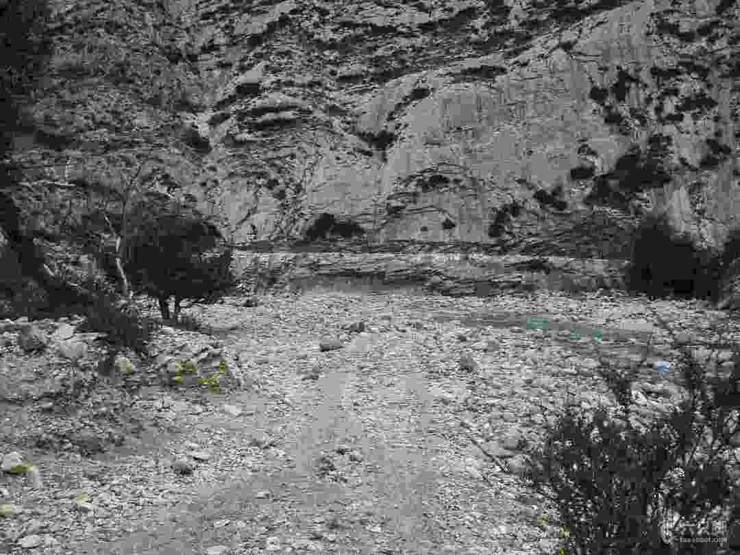 烏孫溫泉線單人重裝穿越(含重要腳?。?1~第二個棧道,已經在大拐彎處
