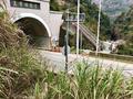 !節點24(蘭章田隧道西北口):穿過雁楠公路到對面走新修步道折向上行