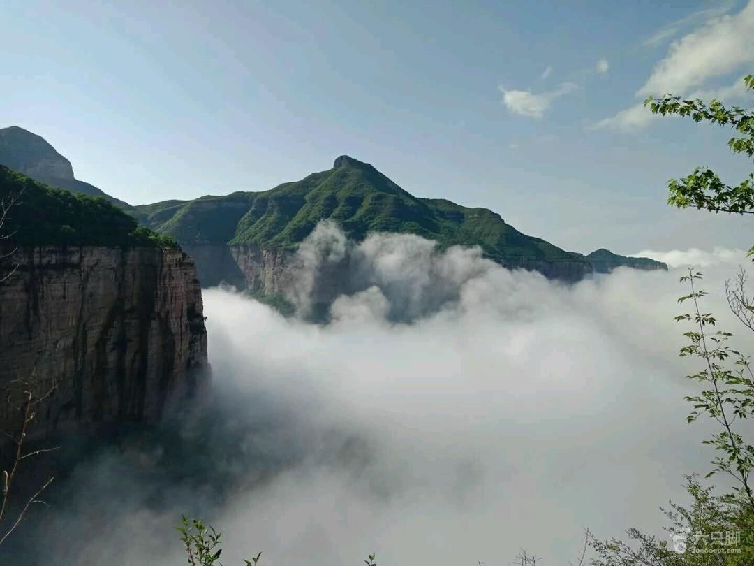 天界山穿越D2(白云龛,九峰山,青峰关,老爷顶,回龙挂壁公路66